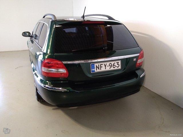Jaguar X-type 4