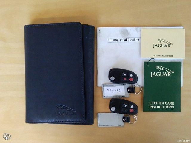 Jaguar X-type 16