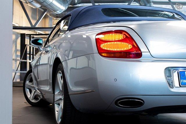 Bentley Continental 5