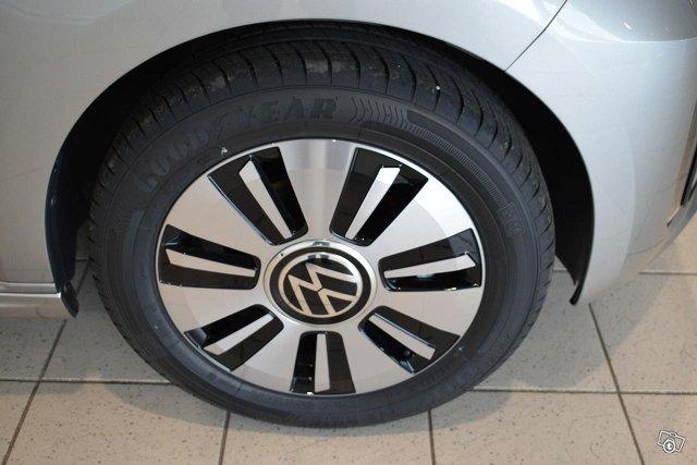 Volkswagen Up 15