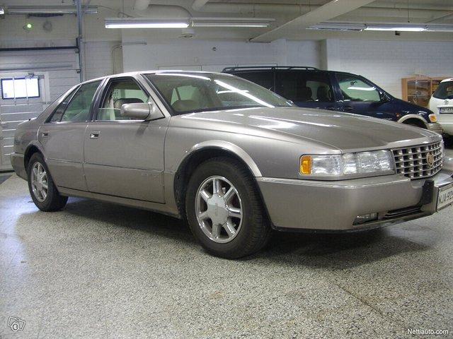 Cadillac Seville 3