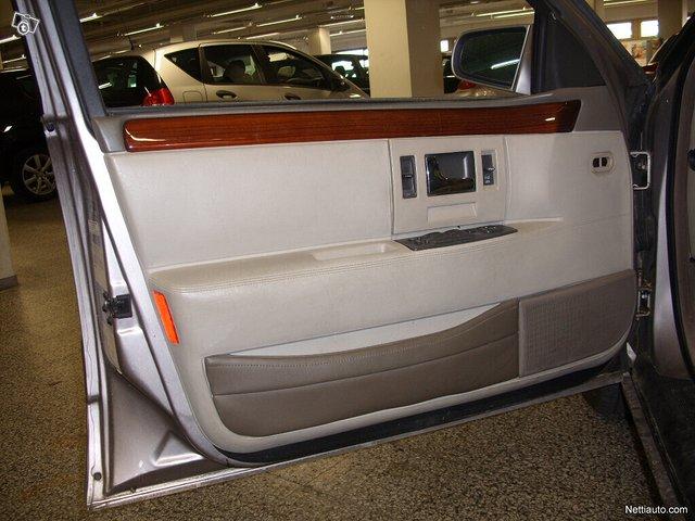 Cadillac Seville 9