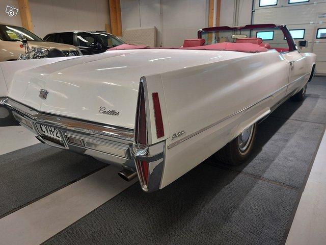 Cadillac De Ville Cabriolet 4