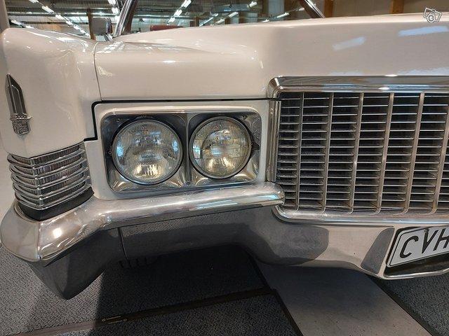 Cadillac De Ville Cabriolet 18