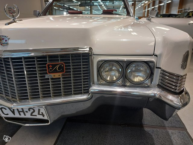 Cadillac De Ville Cabriolet 22