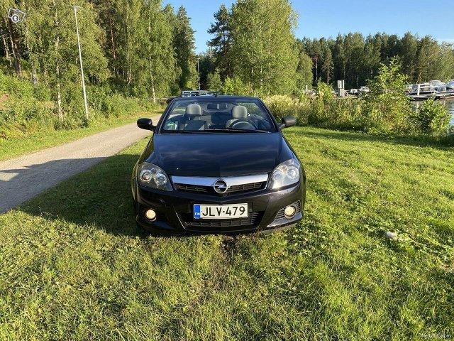 Opel Tigra 14