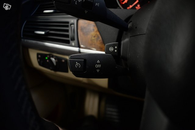 BMW X5 24