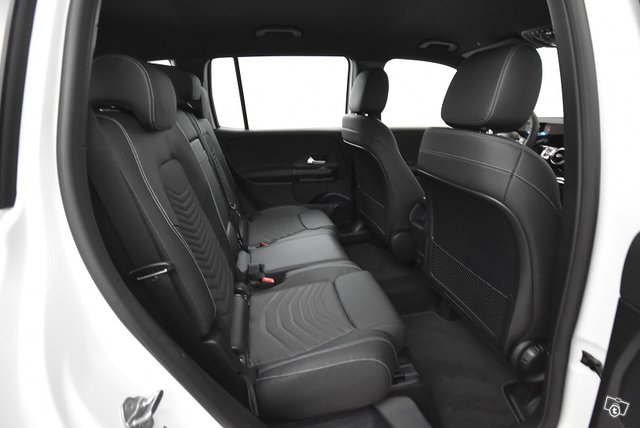 Mercedes-Benz GLB 9