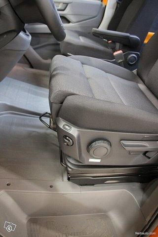 Volkswagen Crafter 18