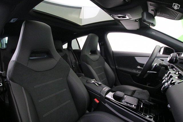 Mercedes-Benz CLA 10