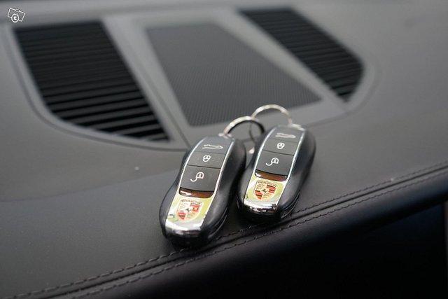 Porsche Macan 17