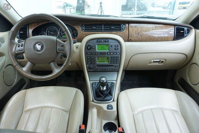 Jaguar X-Type 9