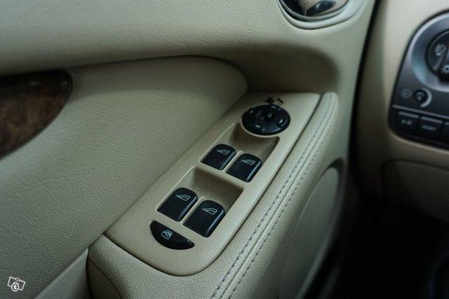 Jaguar X-Type 20