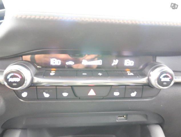 Mazda Mazda3 21