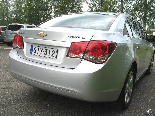 Chevrolet Cruze 6