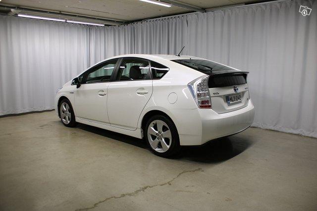 Toyota Prius 3