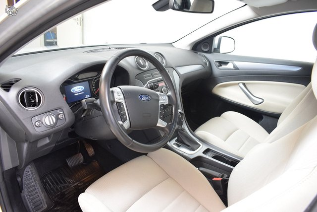 Ford Mondeo 21