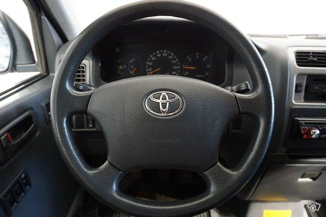 Toyota Hiace 22