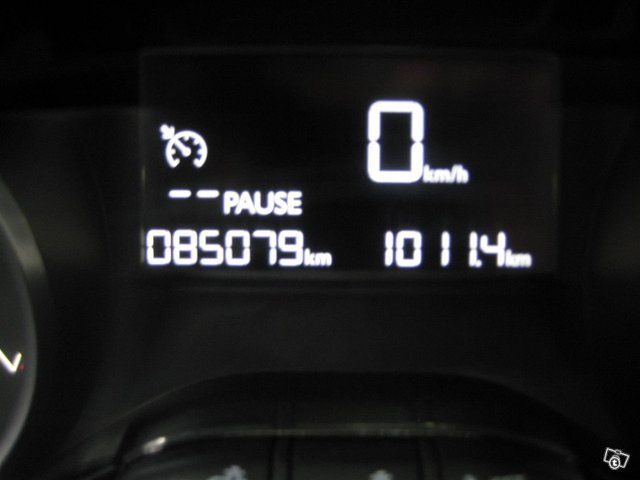 Peugeot 208 15