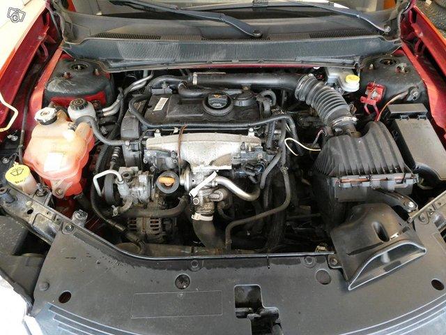 Dodge Avenger 14