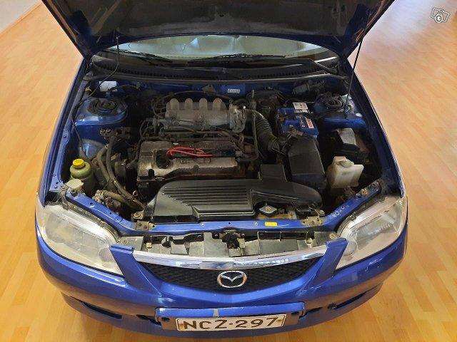Mazda 323 9