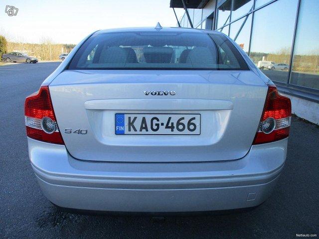 Volvo S40 13