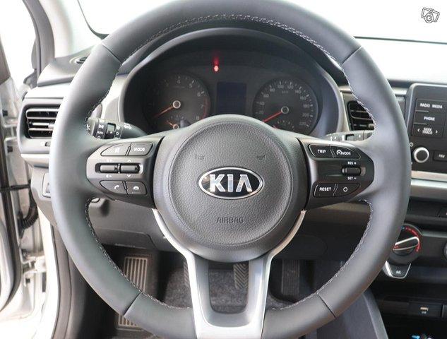 Kia Rio 10