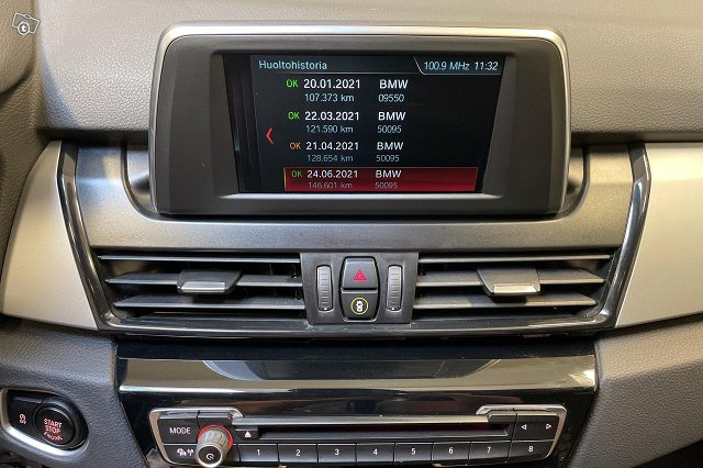 BMW 218 17