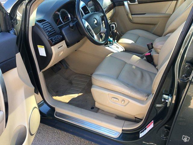 Chevrolet Captiva 2.0TDi AWD 7-Paikkainen 6