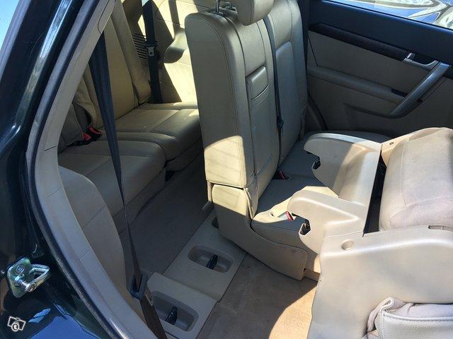 Chevrolet Captiva 2.0TDi AWD 7-Paikkainen 9