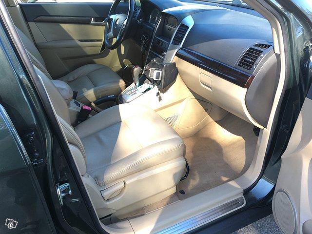 Chevrolet Captiva 2.0TDi AWD 7-Paikkainen 10