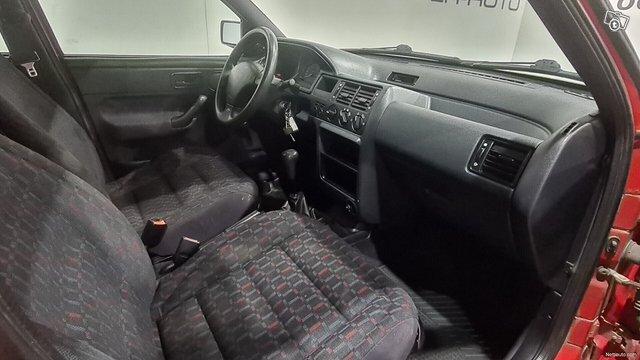 Ford Escort 8