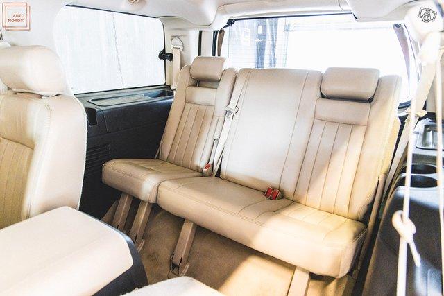 Lincoln Navigator 15