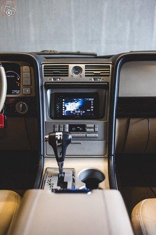Lincoln Navigator 17