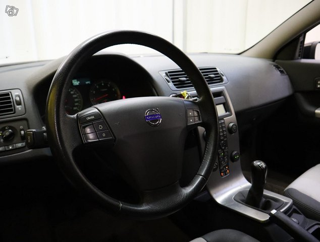 Volvo C30 11