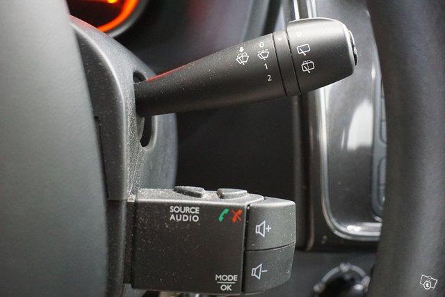 Dacia Sandero 15