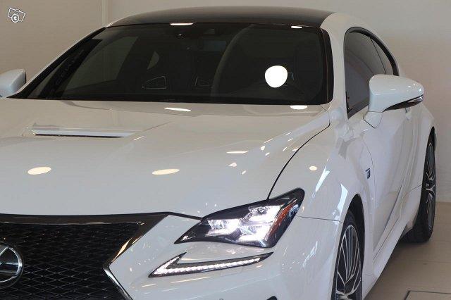 Lexus RC 10