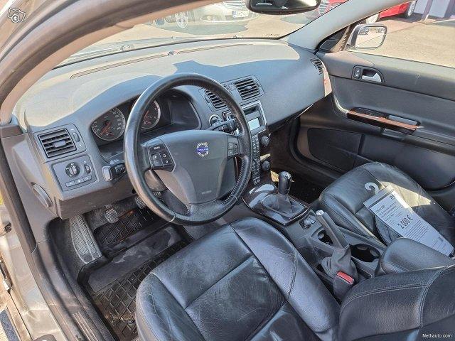 Volvo V50 10