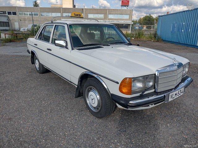 Mercedes-Benz 240, kuva 1