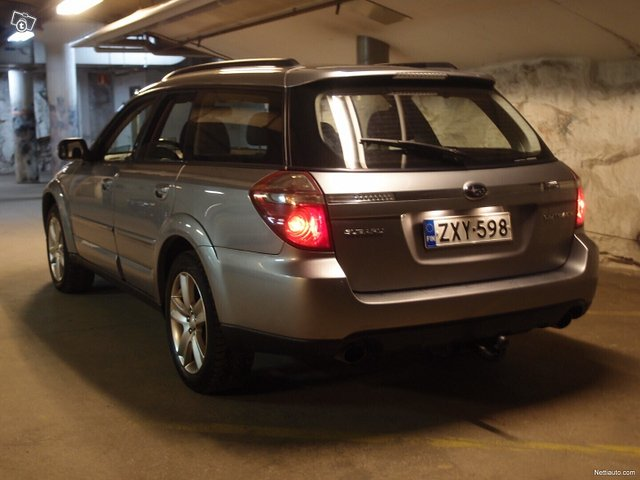 Subaru Legacy 22