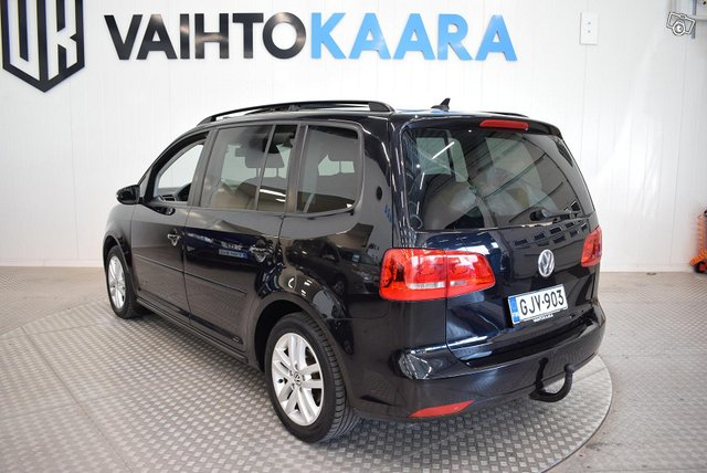 Volkswagen Touran 5