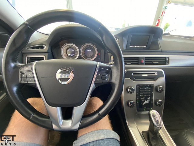 Volvo V70 11