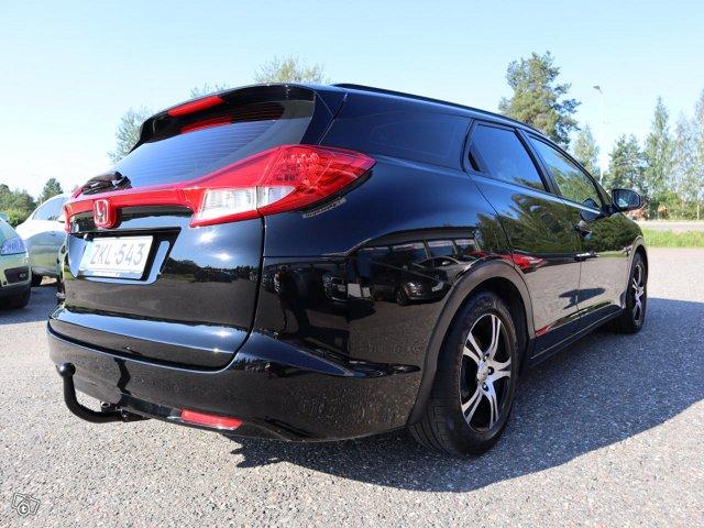 Honda Civic Tourer 5