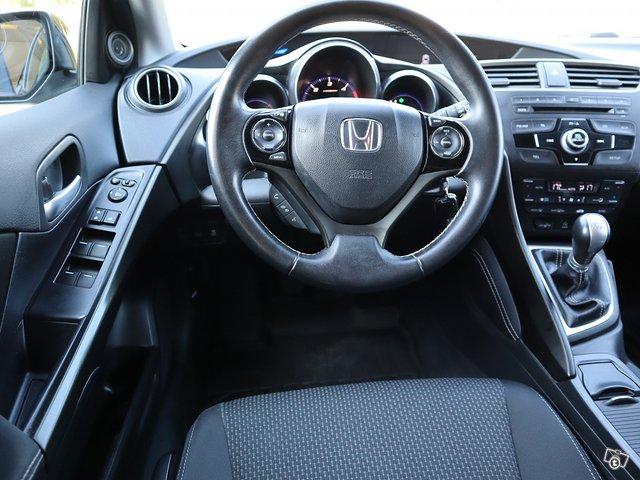 Honda Civic Tourer 11