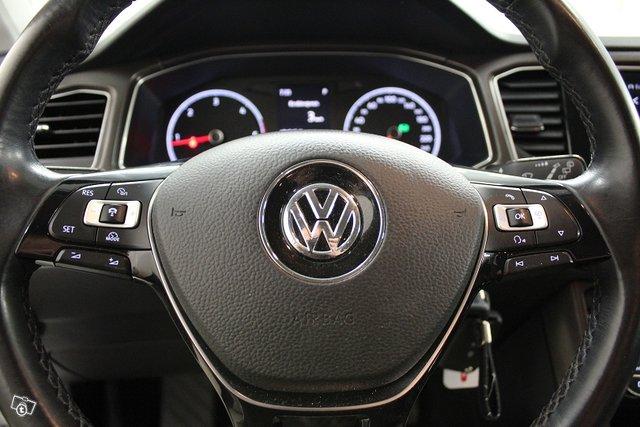 Volkswagen T-Roc 18