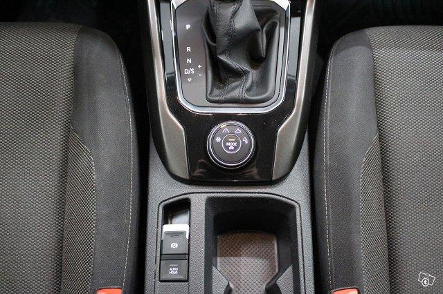 Volkswagen T-Roc 21