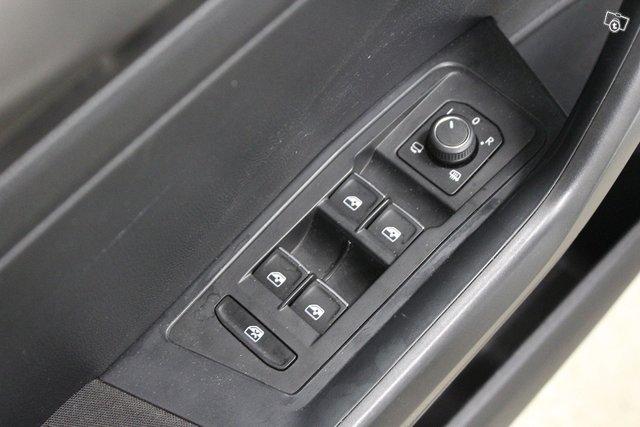 Volkswagen T-Roc 22