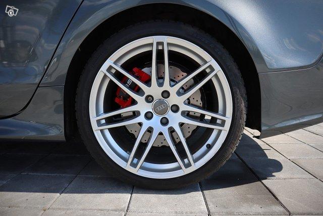 Audi RS 7 10