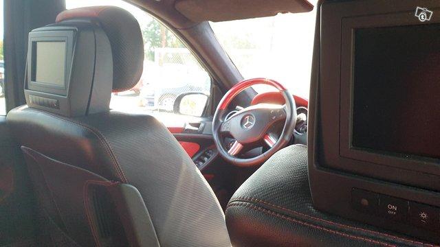Mercedes-Benz ML 63 AMG 11