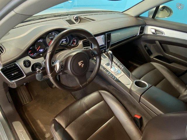 Porsche Panamera 7